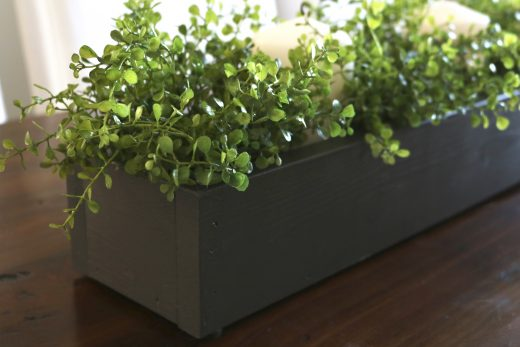 How to create a DIY planter box centerpiece!